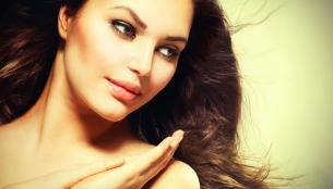 Takto si můžete udržet krásné vlasy. Vyhněte se těmto chybám. Prohlédnout ·  5 přírodních triků pro krásu v období těhotenství 7d95f404ce0