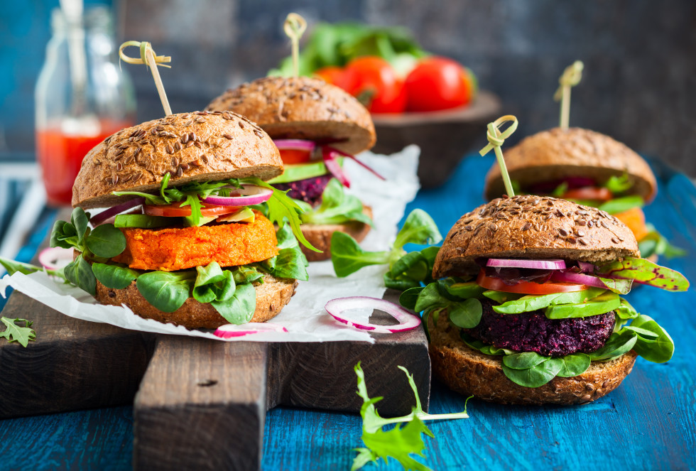 something delicious for the weekend: vegan burgers!