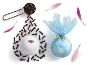 manna badekugel mit gewürznelken- und neroliduft - empfohlen manna