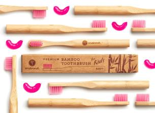 prémium bambusz gyerek fogkefe rózsaszín, puha sörtével - ajánlott manna