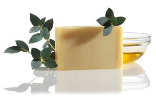 cedrowe mydło do golenia - nie tylko dla mężczyzn - polecamy manna