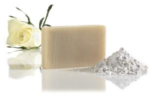 white satin - oczyszczające mydło do twarzy - polecamy manna
