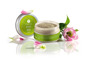 mask for greasy skin with green tea - recommended manna